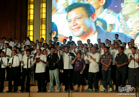 Ang dating daan celebrity members