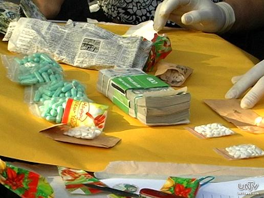 Ang nasabat ba ecstasy pills sa buy-bust operation na ikinasa ng PNP-AIDSOTF o  Philippine National Police Anti-Illegal Drugs Special Operations Task Force. (UNTV News)