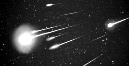 FILE PHOTO: Leonid meteors seen on the year 1999. Credit: NASA / ISAS / Shinsuke Abe and Hajime Yano