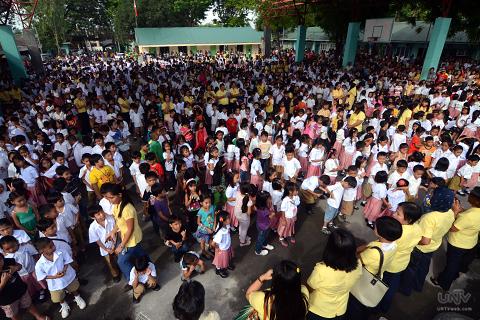 K-12 bill, ganap nang isang batas - UNTV News   UNTV News
