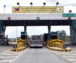 FILE PHOTO: SCTEX. The Tipo Exit Toll Plaza in Hermosa, Bataan.  (HANDTELL / Wikipedia)