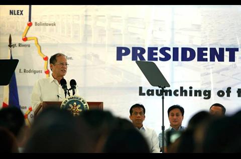 Pinangunahan ni President Benigno  Aquino III ang paglulunsad ng Metro Manila Skyway Stage 3 Project nitong Miyerkules, January 22, 2014. Ang proyektong ito ay may haba na 14.82-kilometro, na may hanggang anim na elevated lane mula Skyway hanggang Buendia, Makati, at  Balintawak, Quezon City. (MALACAÑANG PHOTO BUREAU)