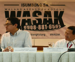 "(L-R) Sen. Benigno ""Bam"" Aquino IV at CSC Chair Francis Duque (UNTV News)"