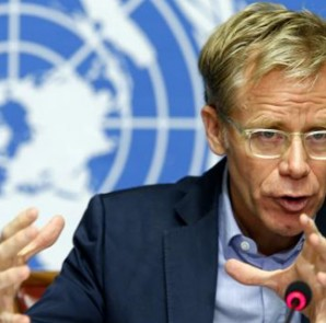World Health Organization (WHO) Assistant Director General Bruce Aylward speaks during a press briefing on WHO's strategy to combat Ebola, at the United Nations headquarters in Geneva August 28, 2014.  REUTERS/Pierre Albouy