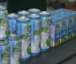 Pag-aaralan ng pamahalaan kung paano pagkakakitahan ang coco water na umaabot sa dalawang bilyong litro kada taon ang itinatapon lamang at nasasayang (UNTV News)