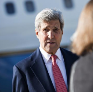 U.S. Secretary of State John Kerry arrives at Queen Alia Airport in Amman September 10, 2014 . CREDIT: REUTERS/BRENDAN SMIALOWSKY/POOL