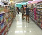 FILE PHOTO : Nagbabala ang DTI at Food and Drug Administration sa publiko na mag-ingat sa mga ibinebentang expired products sa ilang pamilihan sa Metro Manila (UNTV News)