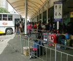 Ang pagdagsa ng mga kababayan natin sa mga bus terminal ngayong Undas. ( PHOTOVILLE International / Enrico Orola )