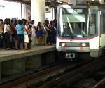 FILE PHOTO: MRT and Passengers (UNTV News)