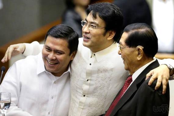 FILE PHOTO: (Left-Right) Senators Jinggoy Estrada, Bong Revilla and Juan Ponce Enrile (UNTV News)