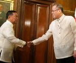 FILE PHOTO: Si President Benigno S. Aquino III at si Vice President Jejomar Binay noong nakaraang Vin d' Honneur sa Malacañan Palace sa (January 12).  (Photo by Ryan Lim / Malacañang Photo Bureau)