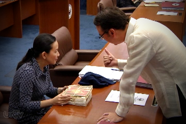 FILE PHOTO: (Left-Right) Sen. Grace Poe and Sen. Alan Peter Cayetano (UNTV News)