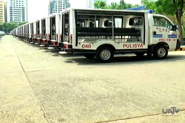 Ang kakumpletuhan ng delivery ng 210 units ng KIA patrol jeep na binili ng PNP noong 2014. (UNTV News)