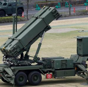 FILE PHOTO: A unit of Patriot Advanced Capability-3 (PAC-3) missiles (Reuters/Issei Kato) / Reuters