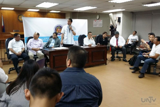 Ang COMELEC En Banc sa pag-announce ng desisyon sa pag-acquire ng OMR machines. (VICTOR COSARE / UNTV News)