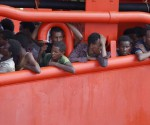IMAGE_REUTERS_AUG032015_RESCUED-MIGRANTS