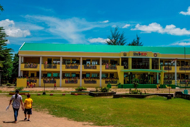 The government has released P9.41 billion to build 6,098 classrooms in 956 high schools nationwide. FILE PHOTO. (The Official Gazette)