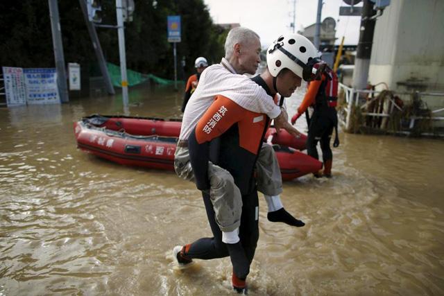 IMAGE_REUTERS_SEP112015_JAPAN_FLOOD