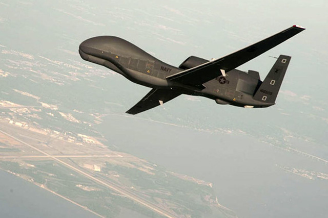 FILE PHOTO: RQ-4 Global Hawk unmanned aerial vehicle (Reuters/U.S. Navy/Erik Hildebrandt/Northrop Grumman) / Reuters