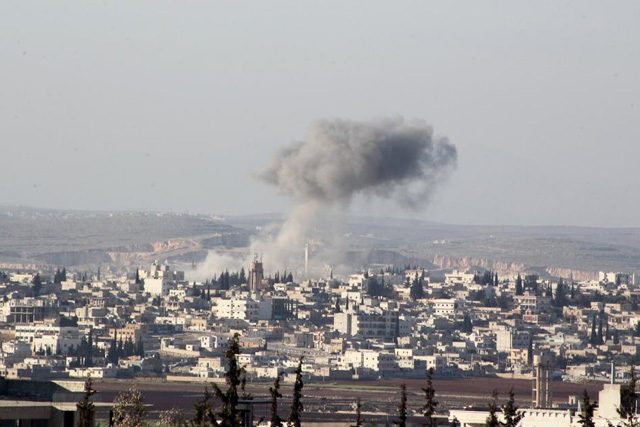 Smoke rises after airstrikes by pro-Syrian government forces in Anadan city, about 10 kilometers away from the towns of Nubul and Zahraa, Northern Aleppo countryside, Syria February 3, 2016. REUTERS/Abdalrhman Ismail