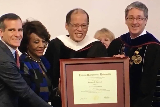 Loyola Marymount University confers the Honorary Doctor of Humane Letters Degree to President Aquino in Los Angeles. (RTVM)