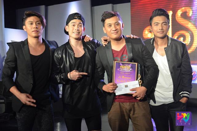 """Ang grupong JBK kasama ang composer ng """"Pag-Ibig Ka, Oh Dios"""" na si LJ Manzano. (Madz Milana / Photoville International)"""