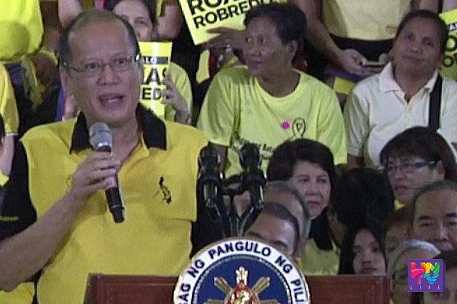 Si Pangulong Benigno Aquino III sa Club Filipino nitong Huwebes, Abril 14, 2016.