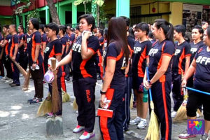 Bureau of Fire Protection personnel are all set to participate the Brigada Eskwela at Ramon Magsaysay High School in Quezon City. (UNTV NEWS)