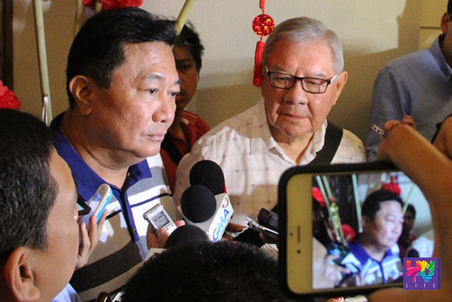 Davao del Norte representative Pantaleon Alvarez (left) and House Speaker Feliciano Belmonte (right) being interviewed by reporters on Wednesday, June 8, 2016. (UNTV NEWS/PHOTOVILLE INTERNATIONAL - CERILO EBRANO)