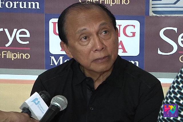 Quezon representative Danilo Suarez talks with press people. (UNTV NEWS)