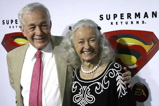 Monday, July 04, 2016 Actors Jack Larson (L) and Noel Neill, who played Jimmy Olsen and Lois Lane respectively in the 1952 Superman television series, pose for photograph during the Superman Returns DVD and video game launch party in Hollywood November 16, 2006. REUTERS/Gus Ruelas