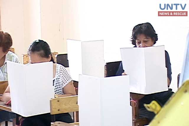 Voters cast their votes in a file photo.