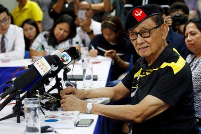 Former Philippine President Fidel Ramos speaks to journalists during a trip to Hong Kong, China after the Hague court's ruling over the maritime dispute in South China Sea, August 9, 2016. REUTERS/TYRONE SIU