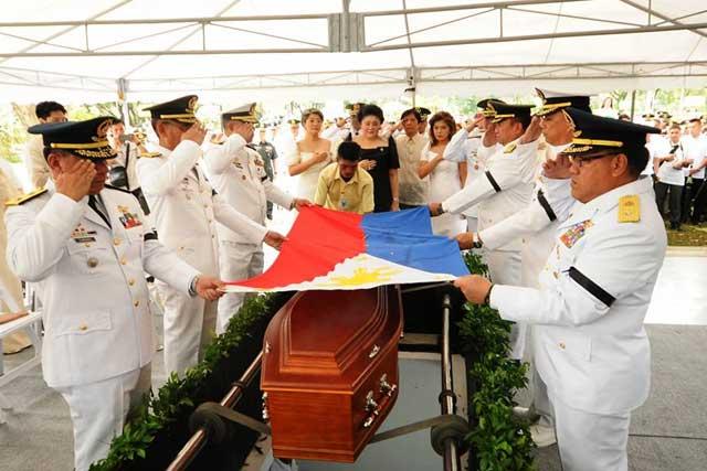 Former President Ferdinand Marcos' interment at Libingan ng mga Bayani. (Photo courtesy: Imee Marcos)