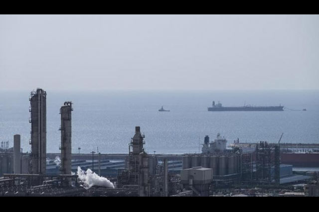 A general view shows a unit of South Pars Gas field in Asalouyeh Seaport, north of Persian Gulf, Iran November 19, 2015. REUTERS/Raheb Homavandi/TIMA