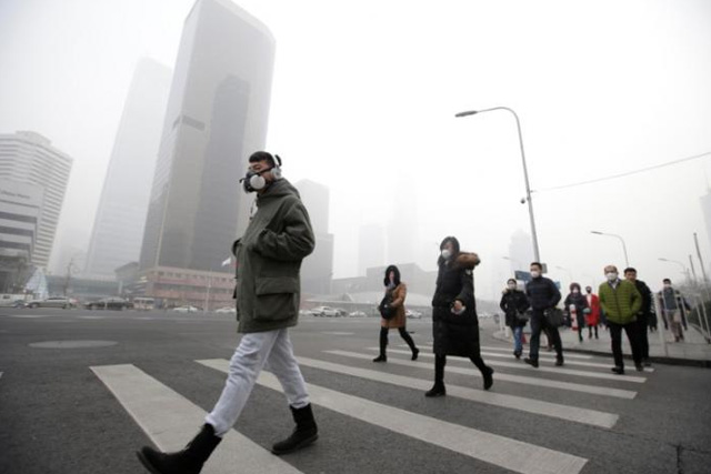 Greater total pollution exposure tied to higher cancer risk