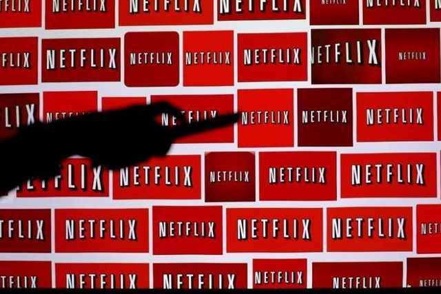 The Netflix logo is shown in this illustration photograph in Encinitas, California October 14, 2014.   REUTERS/Mike Blake/File Photo The Netflix logo is shown in this illustration photograph in Encinitas, California October 14, 2014. REUTERS/Mike Blake/File Photo