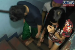 A barangay councilor, together with his lover, was arrested in a buy-bust operations in Malabon City last night.
