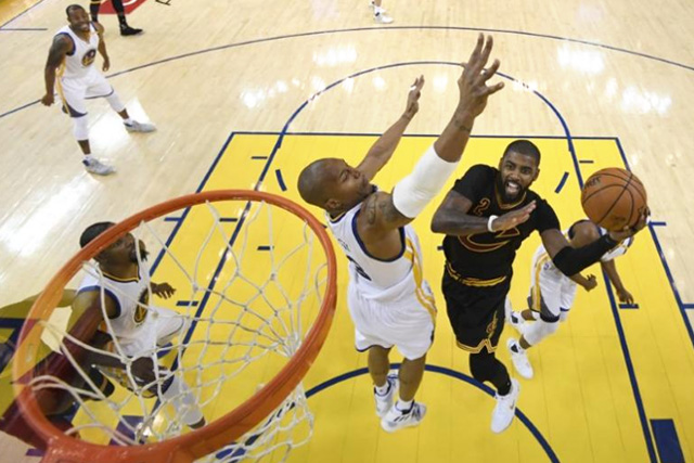 Unbeaten Warriors mindful of past Cleveland stumbles
