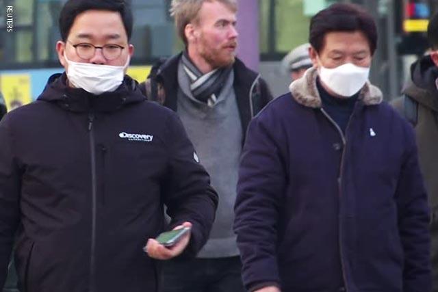 Coronavirus toll in China reaches 2,592