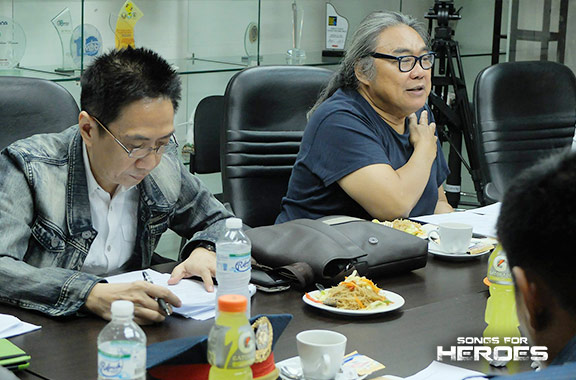 Renowned songwriter Mon Del Rosario, who will serve as the musical director of Songs for Heroes 2, takes down notes in one of the concert's pre-production meeting.