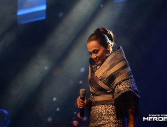 "Pop diva Kuh Ledesma takes the spotlight with her performance of ""Ako ay Pilipino."""