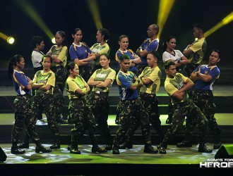 Performers from the AFP and PNP wow the crowd with their well-prepared production number.