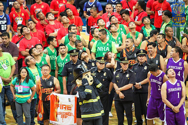Participating teams are presented to the crowd during the opening ceremony of UNTV Cup Season 5 at the Mall of Asia Arena, Pasay City last August 29, 2016. (Photoville International/Kenji Hasegawa)